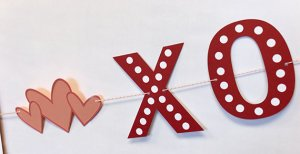 love-banner-close-up-2